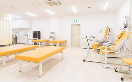 リハビリテーション室完備・ PT(理学療法士)常駐